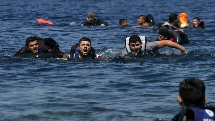 البحرية الملكية تنقذ 185 مهاجراً أفريقياً بعرض سواحل المتوسط