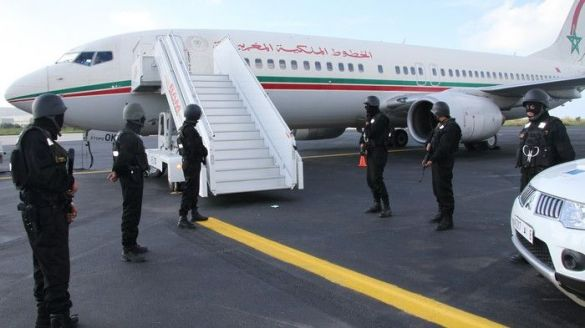 الحموشي يعفي نائب رئيس شرطة مطار طنجة بعد تمكن أسرة أفغانية من مغادرة التراب الوطني بوثائق مزورة