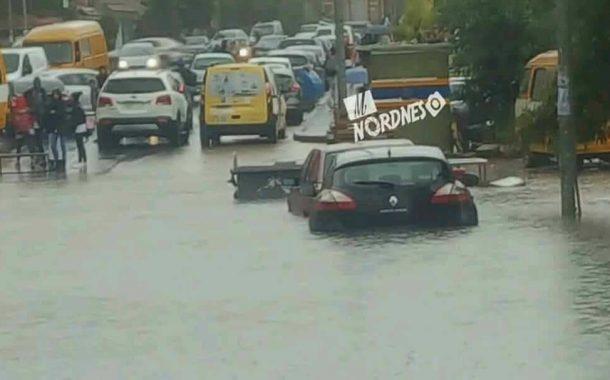 الدارالبيضاء تغرق خلال دقائق من الامطار و #ليديك لم تتدخل رغم تحذيرات النشرة الجوية