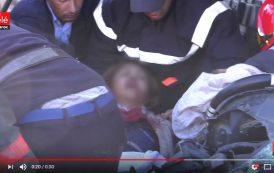 فيديو . لحظة إخراج سيدة من تحت الأنقاض بعد انهيار سور ضخم بالبيضاء