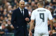 فيديو/ زيدان يمنح لاعبي ريال مدريد إجازة لمدة يومين و بنزيمة يختار مراكش !