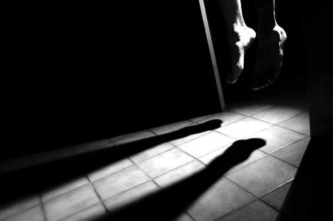 معتقل ينهي حياته شنقاً داخل سجن تطوان !