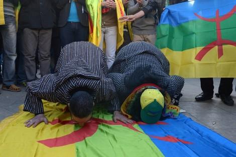 تأجيلات البرلمان تهدد بإقبار قانون الأمازيغية