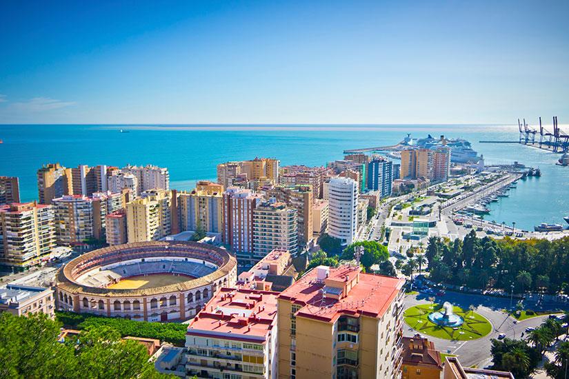 جودة الخدمات والتكلفة المُنخفضة..مليون مغربي يُفضلون إسبانيا لقضاء عُطلة الصيف خارج المملكة