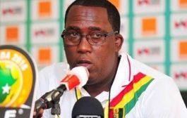 غينيا تقيل مدرب منتخبها المحلي بعد الخسارة بثلاثية أمام المغرب