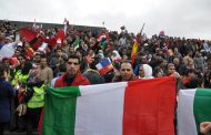 يهم المهاجرين المغاربة/ رئيس الحكومة الإيطالية يعد بمراجعة