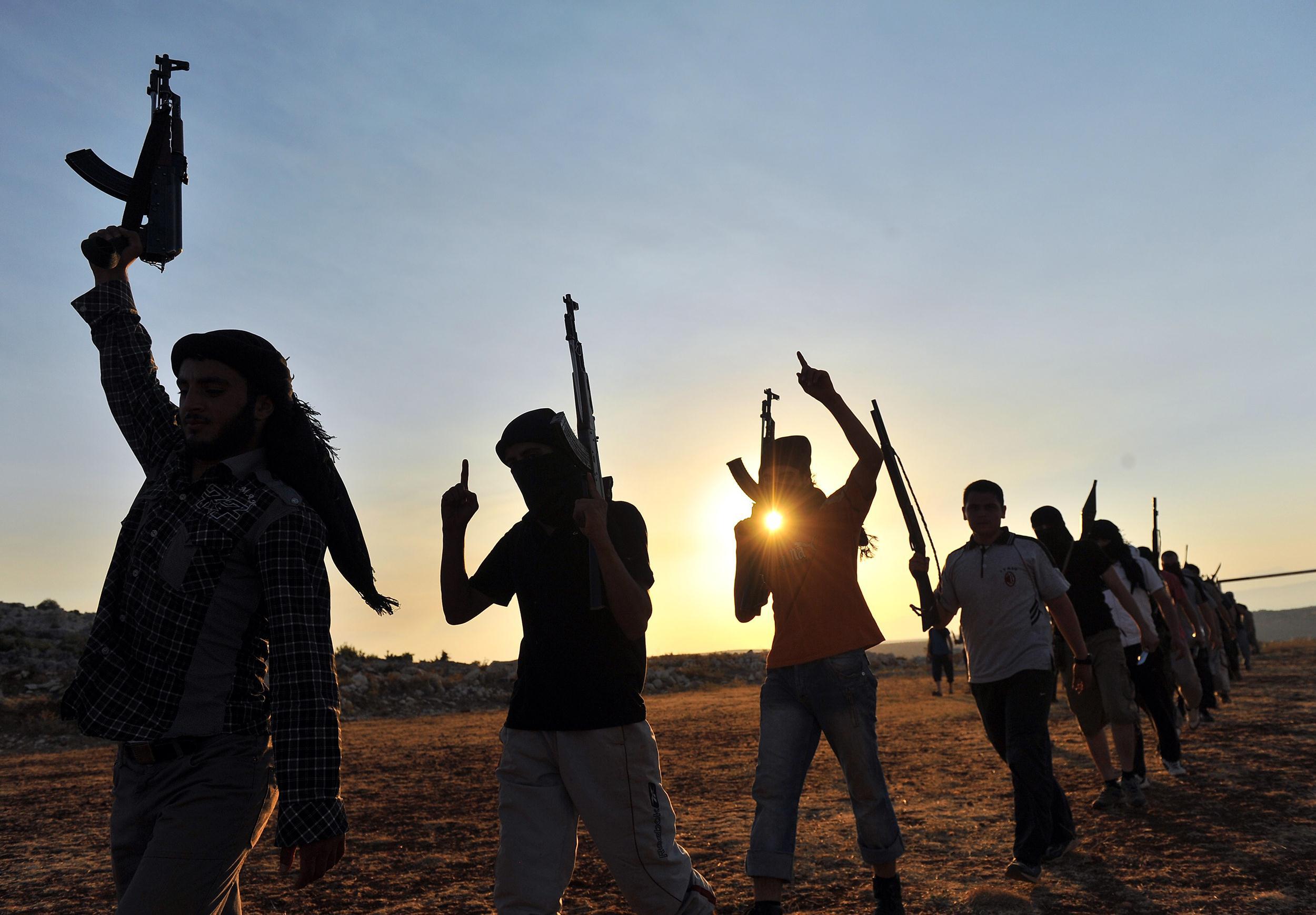 مجلس الشيوخ الفرنسي : 1700 إرهابي مغربي في تنظيم 'داعش' !