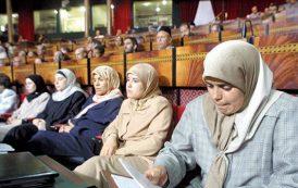 بعد الطوبيسات الوردية . البيجيدي يطالب بتخصيص مدارس خاصة بالنساء
