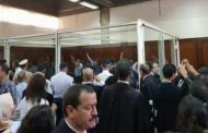 الزفزافي و رفاقه يمثلون أمام القاضي و شعارات صاخبة تهز المحكمة !