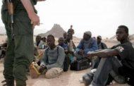 صحيفة سويسرية: الجزائر تخلصت خفية من 10 آلاف من المهاجرين الأفارقة بصحراء النيجر