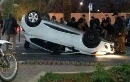 انقلاب سيارة وسط مراكش و ركابها ينجون من الموت بأعجوبة