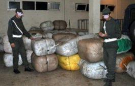 جمارك مراكش تعثر على كمية كبيرة من الأثواب المهربة بحوزة مواطن هندي