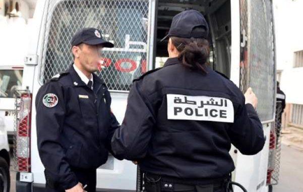 اعتقال تلميذة بثانوية دمنات عنفت زميلتها و شتمت أساتذتها وحجز سلاح أبيض في حوزتها