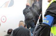 ألمانيا تطرد مهاجراً مغربياً و 3 ضباط شرطة يرافقونه للدار البيضاء