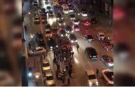 فيديو | أصحاب طاكسيات بالدار البيضاء يحاصرون و يعتدون على سائق خدمة
