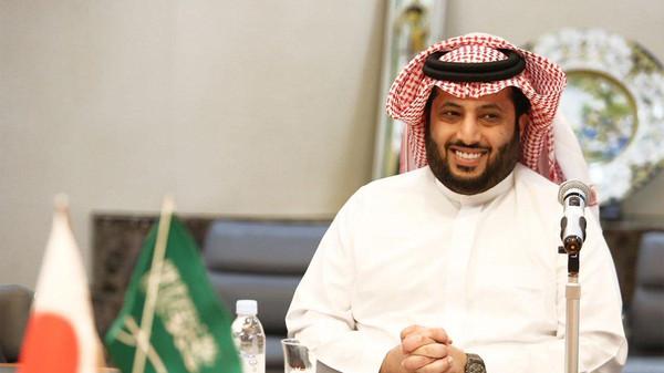 آل الشيخ يحل بالمغرب و دعوات غاضبة تطالبه بالرحيل !