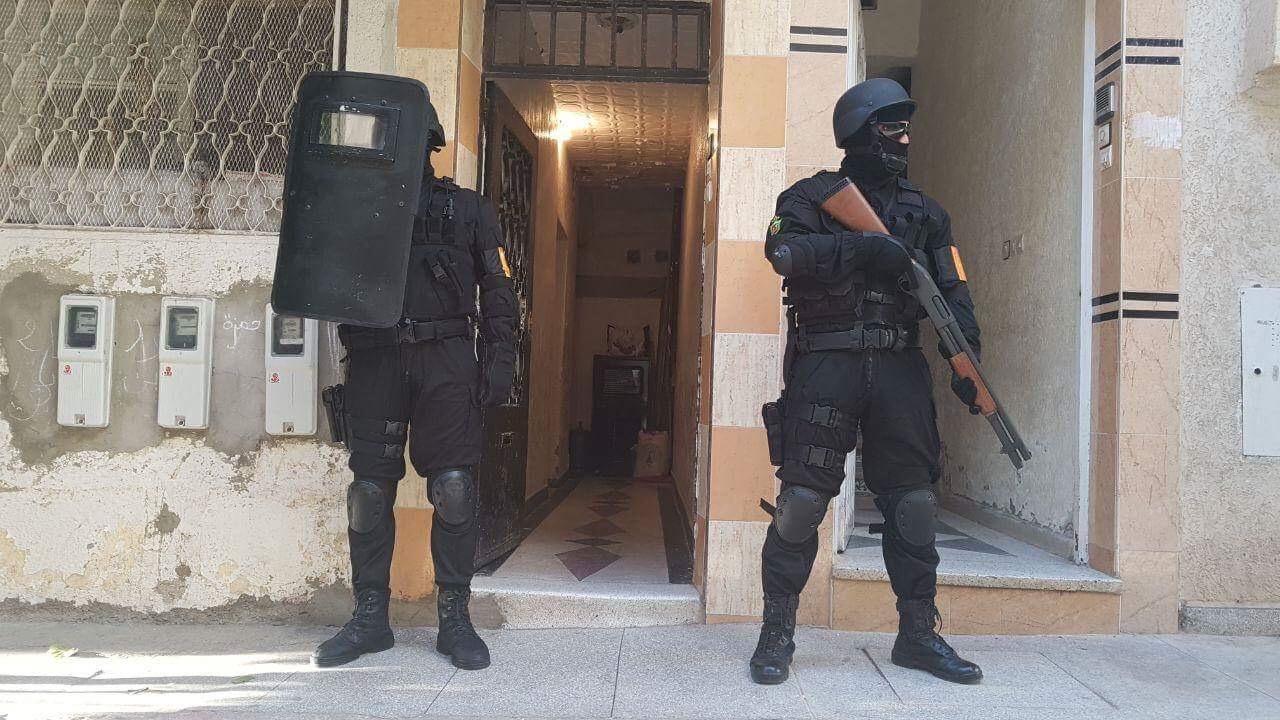 عاجل. تفكيك شبكة من أربعة متطرفين موالين لـ'داعش' كانوا يخططون لهجمات بالمملكة باستعمال متفجرات