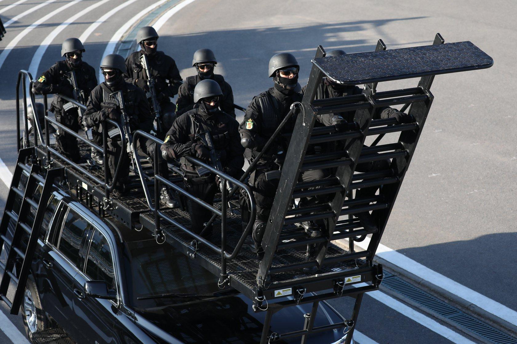 Moroccan Special Forces/Forces spéciales marocaines  :Videos et Photos : BCIJ, Gendarmerie Royale ,  - Page 14 Dd-4