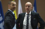 رئيس الاتحاد الأوروبي لكرة القدم يتهم إنفانتينو بالسعي وراء المال و