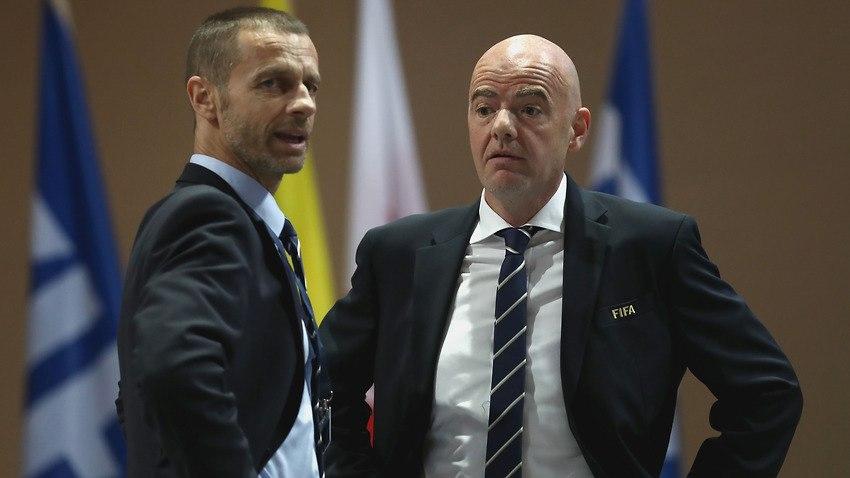 """رئيس الاتحاد الأوروبي لكرة القدم يتهم إنفانتينو بالسعي وراء المال و """"بيع روح"""" كرة القدم"""