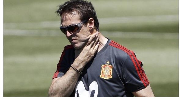 عاجل/إقالة مدرب المنتخب الاسباني ومغادرته روسيا وتعيين 'فيرناندو هييرو' خلفاً له