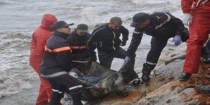 شاطئ بويافر بالناظور يلفظ جثة مهاجر إفريقي !