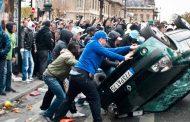 صور وفيديو/سقوط قتلى وإحراقٌ لمئات السيارات بالمدن الفرنسية ليلة الفوز بكأس العالم