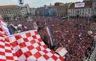 إستقبال حاشد للمنتخب الكرواتي لدى عودته بعد لعب نهاية مونديال روسيا