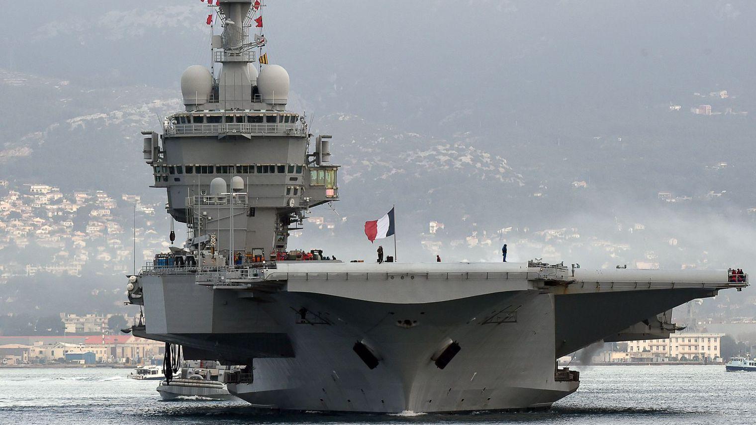مصدر. المغرب يستعدُ لشراء حاملة طائرات انتهت صلاحيتها من فرنسا