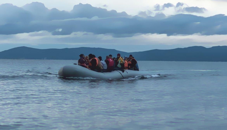 تلميذات قاصرات من آيت ملول يركبن قوارب الموت للهجرة إلى جزر الكناري !