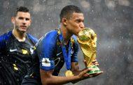بعد 'بيليه' .. 'مبابي' يحفر اسمه بمداد من ذهب في تاريخ كأس العالم !