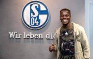 رسمياً | شالكه الألماني يتعاقد مع حمزة منديل مقابل 7 ملايين يورو !