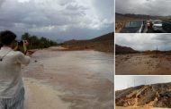 صور وفيديو/فيضانات تقطع طريقاً وطنية بزاكورة وعشرات المسافرين عالقين