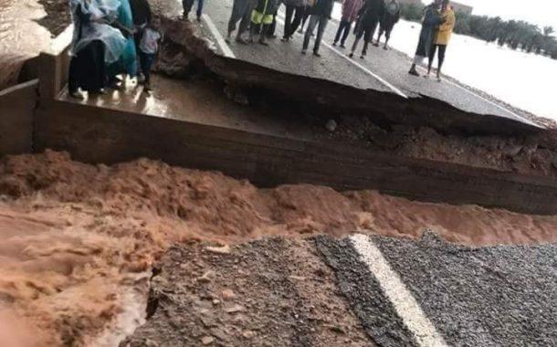 صور/ الفيضانات تكشف هشاشة الطرق و تعزل دواوير بزاكورة و مواطنون يطالبون الحكومة بالتدخل !