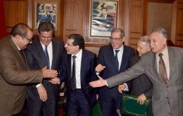 العثماني يلغي اجتماع قادة الأغلبية و يُفضّل ترأس لقاء حزبي !