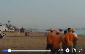 فيديو | قارب للهجرة السرية محمل بـ'الحراكة' ينطلق من شاطئ المضيق !