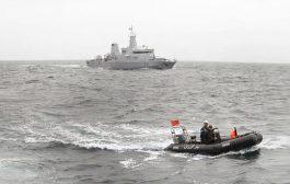 مناورات عسكرية للبحرية الملكية بسواحل طانطان تلغي الإبحار و الصيد !