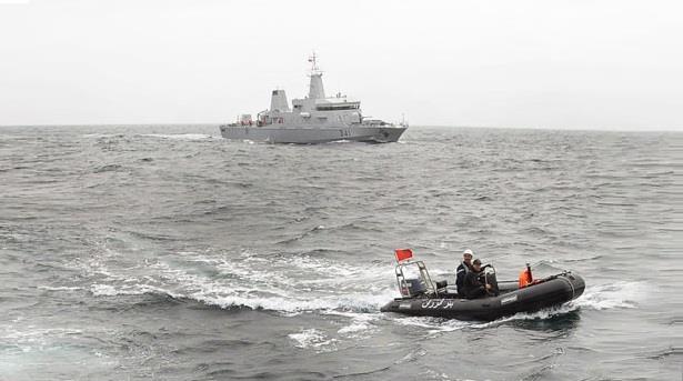 البحرية الملكية تنقذ 298 مهاجراً إفريقياً من الغرق بينهم نساء و أطفال !