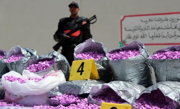 الأمن يشن حرباً ضروس على الأقراص المخدرة .. حجز الآلاف منها في فاس و الفنيدق !
