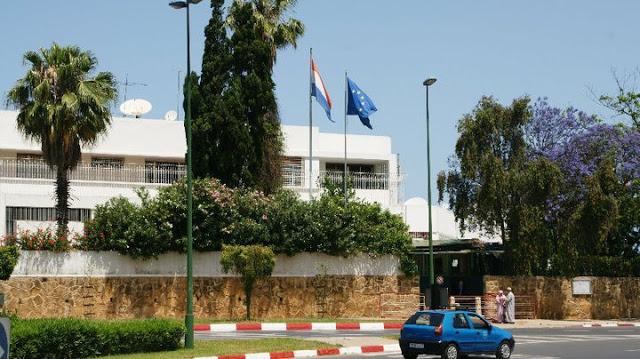 سفارة هولندا بالرباط تدخل على خط الأزمة الدبلوماسية وترفض منح تأشيرات للصحافيين