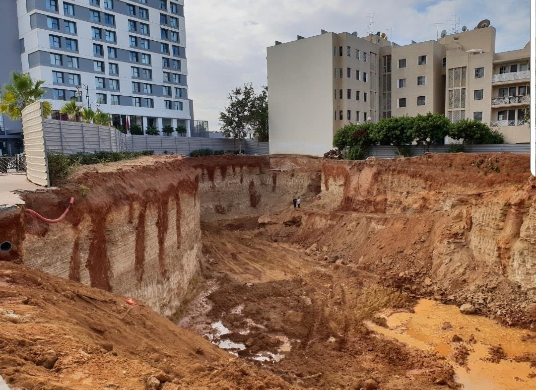 انهيار ورش للبناء يزلزل مجلس الرباط و يجر مسؤولين إلى التحقيق !