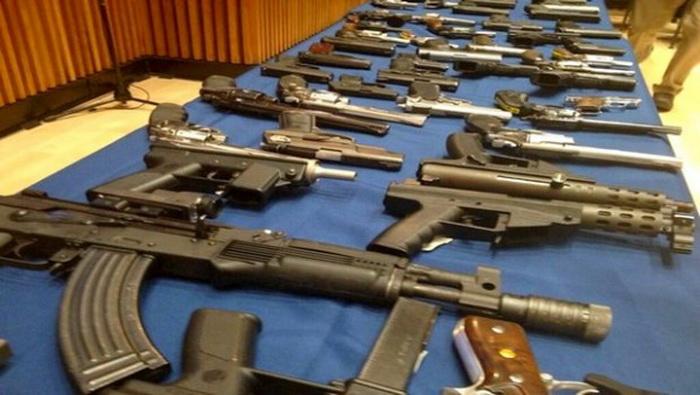الإنتربول يفكك خليةً لتهريب الأسلحة إلى المغرب !