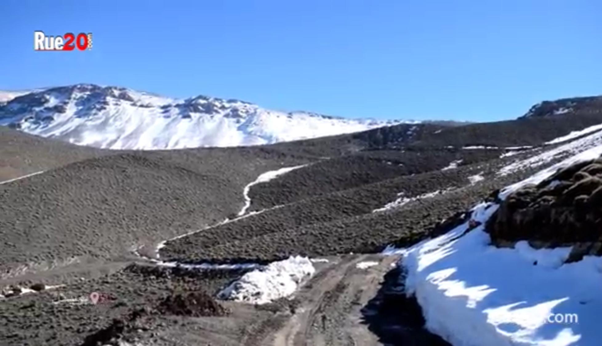 """تفاصيل رحلة منبر Rue20.com، إلى دوار """"شهيد الثلوج"""" بجبال بويبلان المعزول عن العالم"""