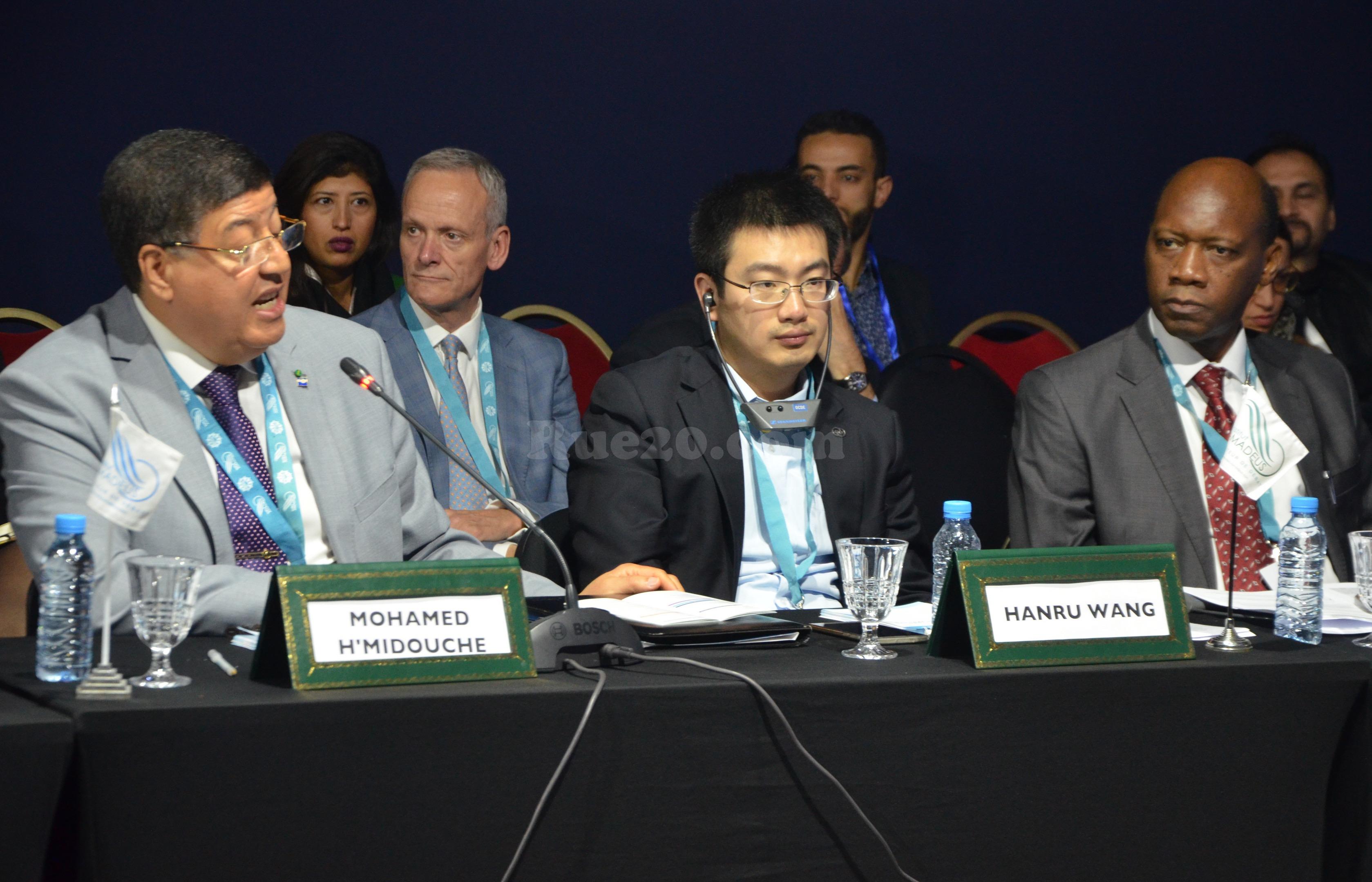 خبراء أفارقة وصينيين يدعون الى تطوير الكفاءات موازاةً مع تدفق الإستثمارات نحو إفريقيا لشراكة 'رابح-رابح'