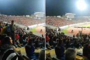فيديو | جماهير ترفع شعار (الشعب يريد إسقاط الساعة) في مباراة المغرب و الكاميرون !