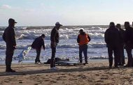 شاطئ 'مالاباطا' بطنجة يلفظ جثة شاب إختفى بعد محاولته الهجرة على متن قارب مطاطي