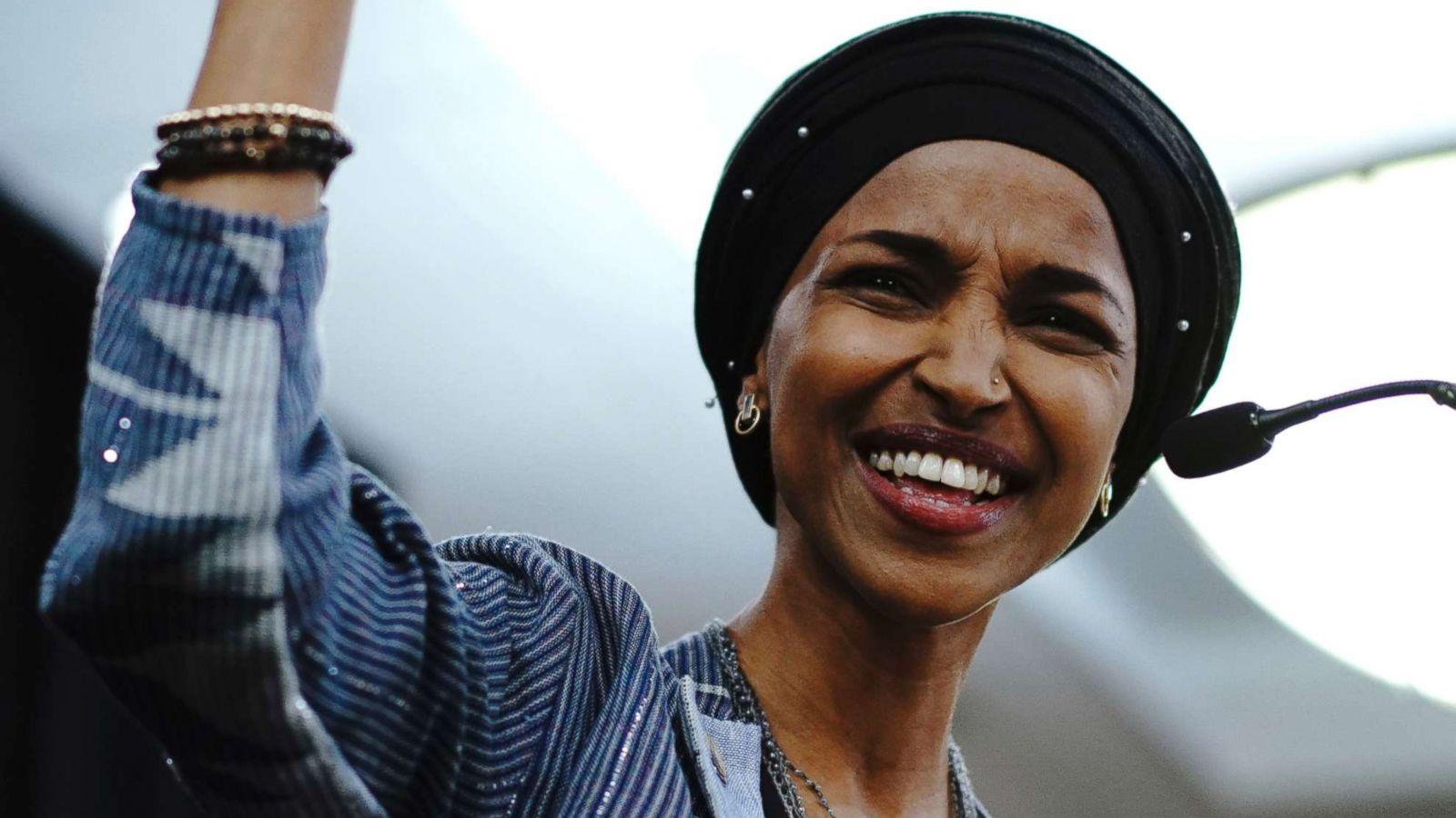 ترامب يخسر مجلس النواب في انتخابات الكونغريس و أول مسلمة محجبة تفوز بعضوية مجلس الشيوخ