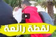 فيديو | بلهندة يُقبّل رأس أمه قبل الذهاب لمباراة الكاميرون !