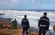 بحر إفني يلفظ جثة شاب غرق قبل أسبوع إثر انقلاب قارب للصيد !