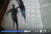 فيديو   فتاة تتعرض لعملية 'كريساج' في واضحة النهار بالقنيطرة !